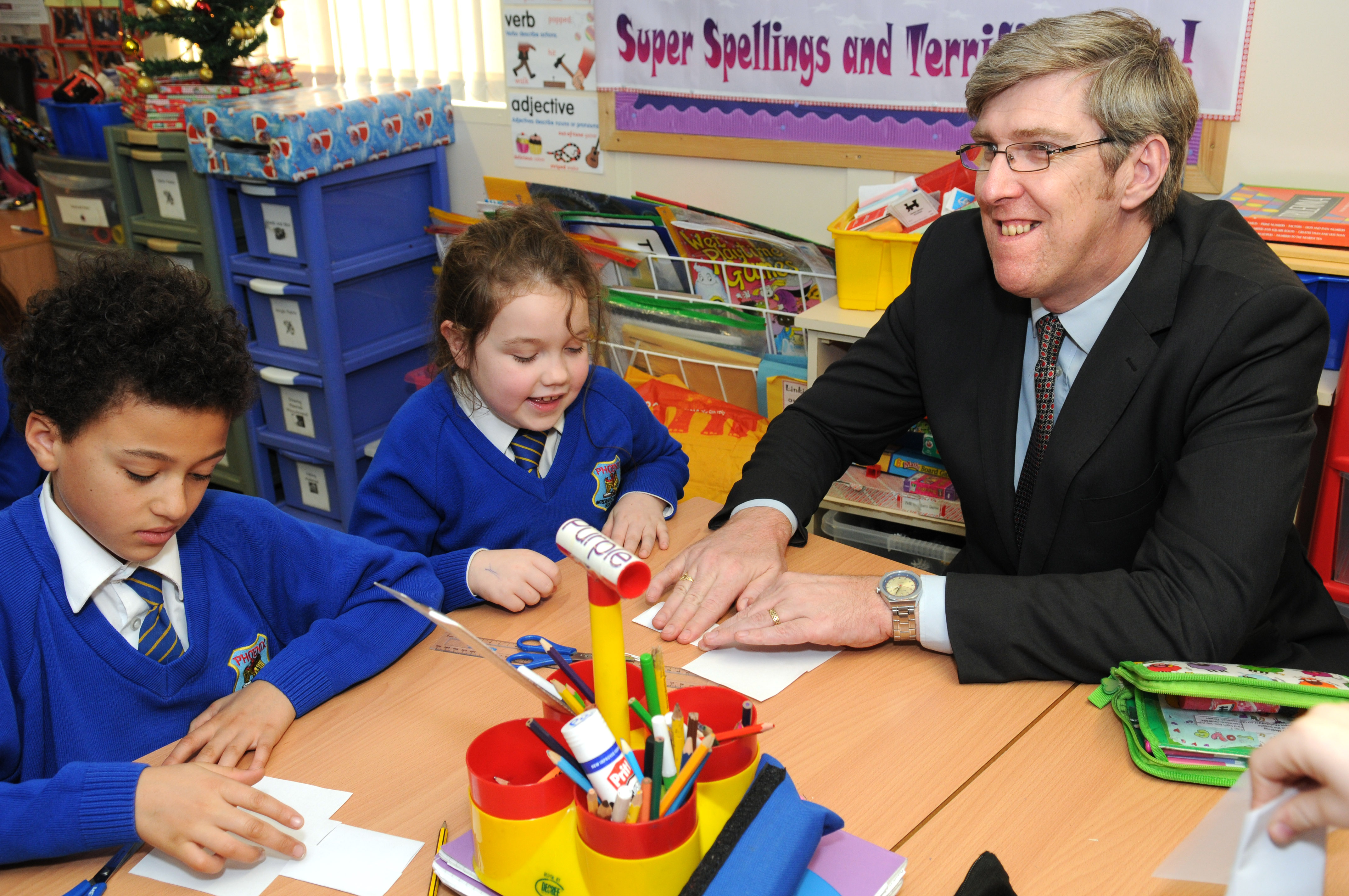 how to become a primary school teacher in northern ireland